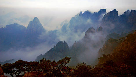 Mist over moutain range