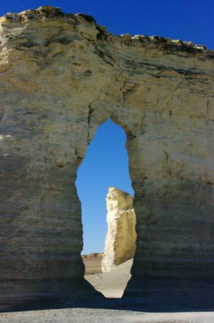 Monument-Rocks1