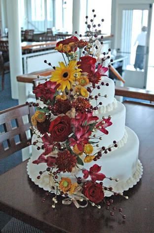 Wedding cake fun!