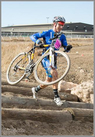 Nikon 1 AW1 - Cyclocross Action