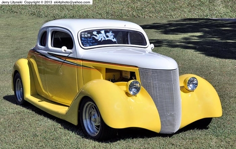 In white and yellow paint