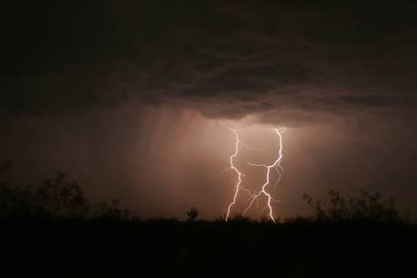majave desert lightning