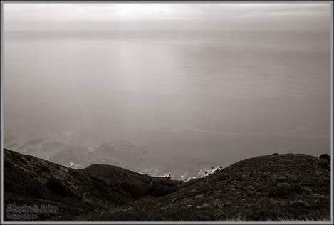 Big Sur Cliffs & The Pacific Ocean