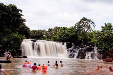 Giang Dien Waterfall (Dong Nai Viet Nam)