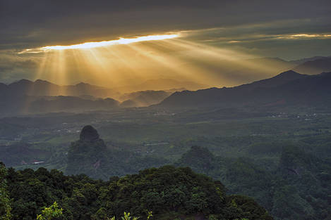 Sunrays in the morning