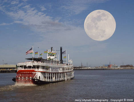 One paddle-wheeler on the Mississippi River