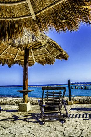 Relaxing Blue Sky Cancun
