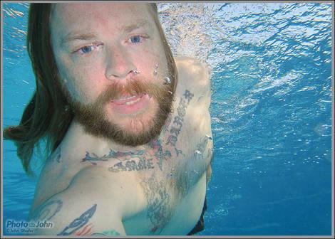 Underwater Self-Portrait - Sony TX5 Sample