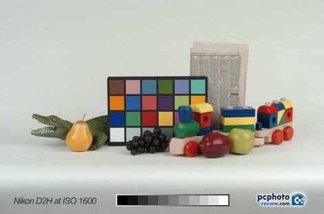 Nikon D2H ISO 1600 Studio Test