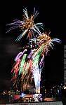 2_F_130_D90_VR55_Iso500_Tpod_7Apr12_Wash-DC_Fireworks_sgc699.jpg