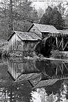 1_I_642_D5100_VR18-ii_I-800_24Oct13_Virginia_Blue-Ridge-Pkwy_Mabry-Mill_BW_sgc699.jpg