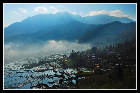 Misty valley 1