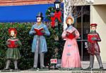 000_B_099_D200_x4Jan09_VR70-300_Iso200_Milton_Downtown_4-Statues_sgc695.jpg
