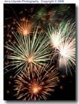01_Y_218-c_D50_T55_200_Tpod_4Jul06_Fireworks_Fr_ugc503.jpg