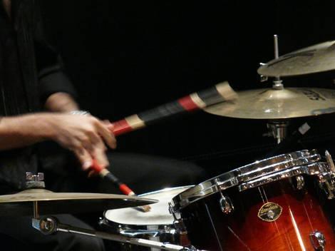 FZ18 drummer high res