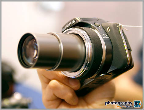 Olympus SP-550 UZ Ultra Zoom Digital Camera