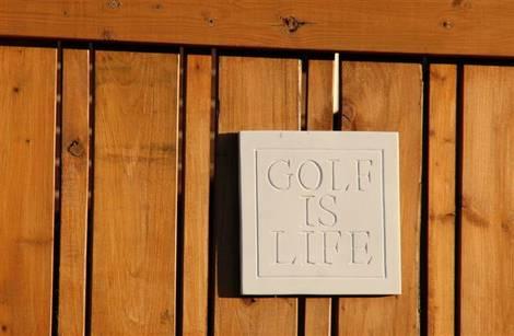 golfer's plaque