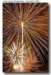03_Y_208_D50_T55_200_Tpod_4Jul06_Fireworks_Fr_ugc489.jpg