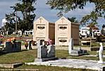 002_C_110_D40x_VR18-200_Iso400_3Dec09_Biloxi_Cemetery_sgc695.jpg