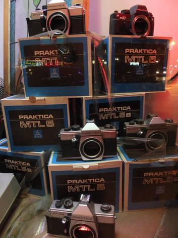 Fuji Film FinePix F770EXR- Storefront Display