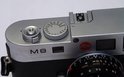 Leica_M8 has no film advance lever