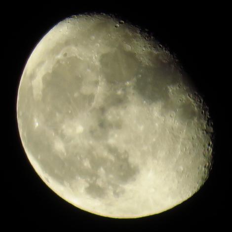 Canon SX700HS test - moon