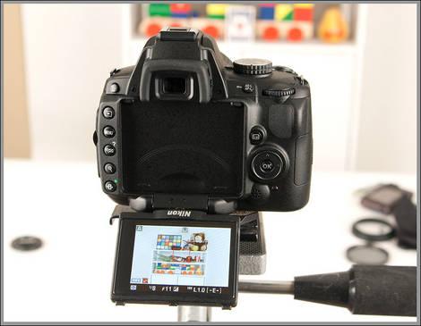 Nikon D5000 Vari-angle LCD