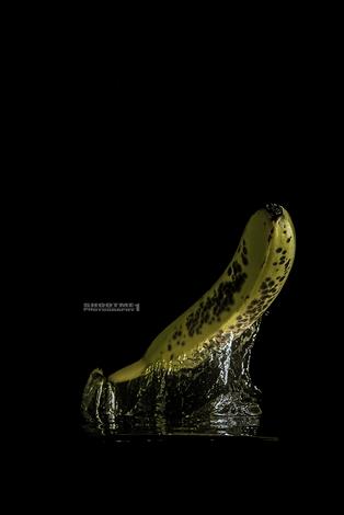 Banana Water Splash