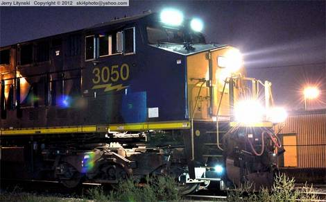 CSX Engine No.3050 - at night