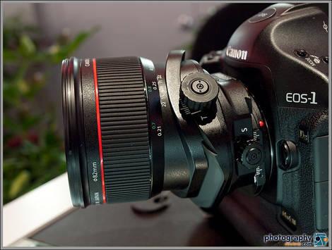 Canon TS-E 24mm Tilt-Shift Lens