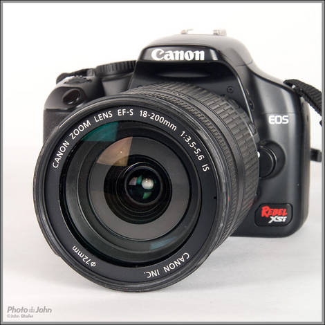 Canon EF-S 18-200mm IS Zoom Lens