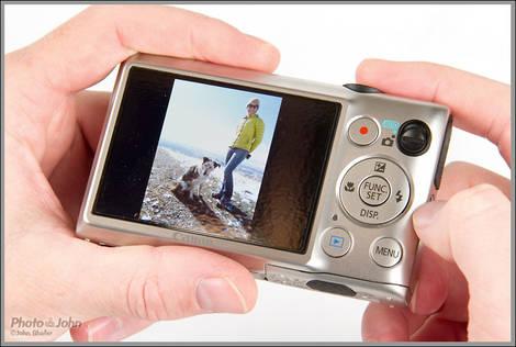 Canon PowerShot ELPH 300 HS - In Hands
